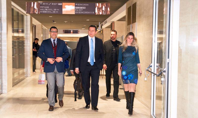 تعبيرية: عضوا منصة القاهرة جهاد مقدسي(المستقيل) وفراس الخالدي، قبل اجتماع أعضاء المنصة مع دي ميستورا في جنيف - 2 آذار 2017 (Violaine Martin/UN)