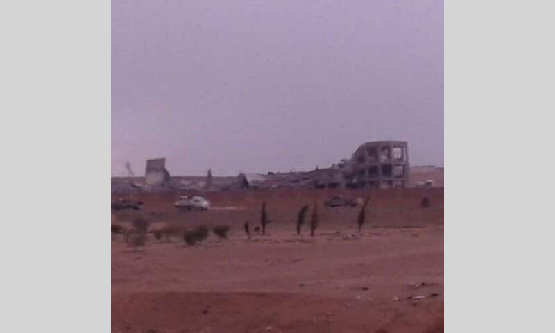 صورة تناقلها ناشطون للمدرسة المدمرة في بلدة المنصورة غرب الرقة - 21 آذار 2017 (فيس بوك)