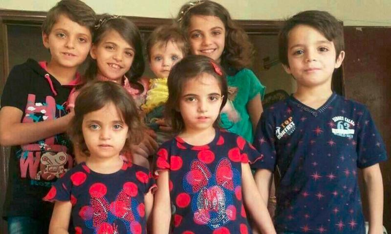 أطفال عائلة السايح، من ضمن ضحايا مجزرة حي القصور في إدلب - 15 آذار 2017 (فيس بوك)