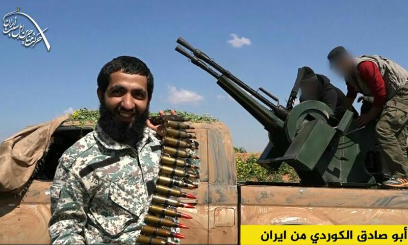 """""""أبو صادق الكوردي"""" مقاتل في """"هيئة تحرير الشام"""" قتل في معارك حماة (تويتر)"""