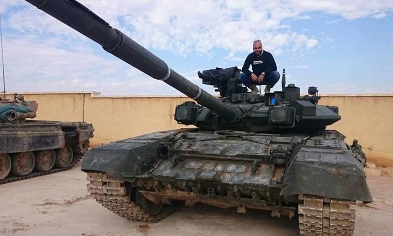دبابة T90 في مطار النيرب العسكري في حلب- الخميس 26 تشرين الثاني (فيس بوك)
