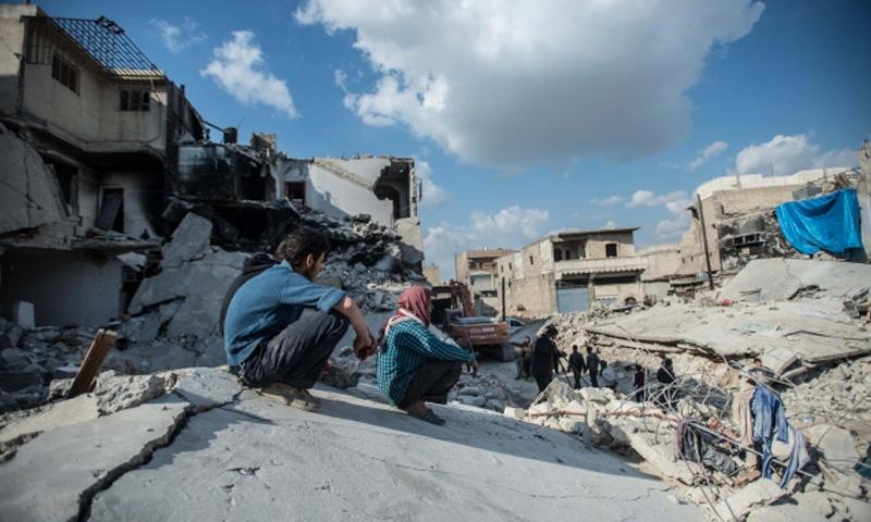 آثار قصف الطيران الروسي على مدينة حلب- كانون الأول 2016-(الأناضول)