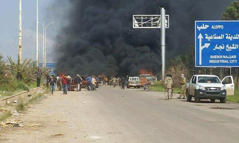 مكان الانفجار قرب حافلات أهالي كفريا والفوعة في منطقة الراشدين بحلب - 15 نيسان 2017 (تويتر)