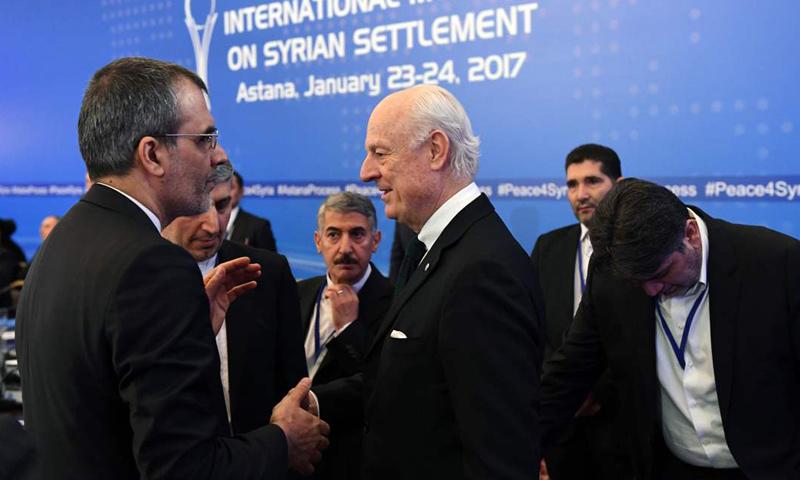 المبعوث الأممي إلى سوريا ستيفان دي ميستورا في أولى جولات أستانة- 23 كانون الثاني (آكي)