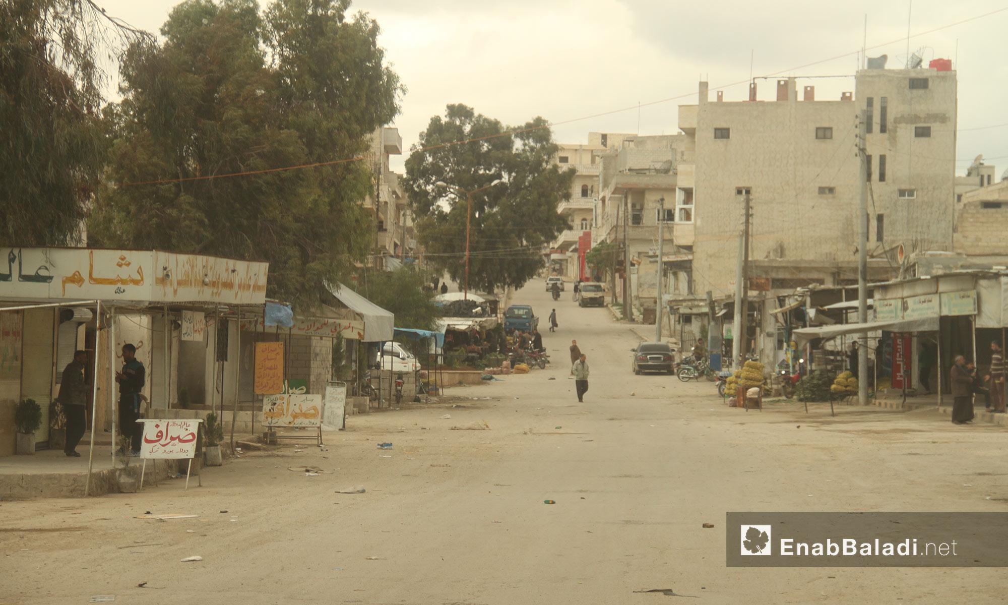 شوارع خان شيخون في إدلب - 14 نيسان 2017 (عنب بلدي)