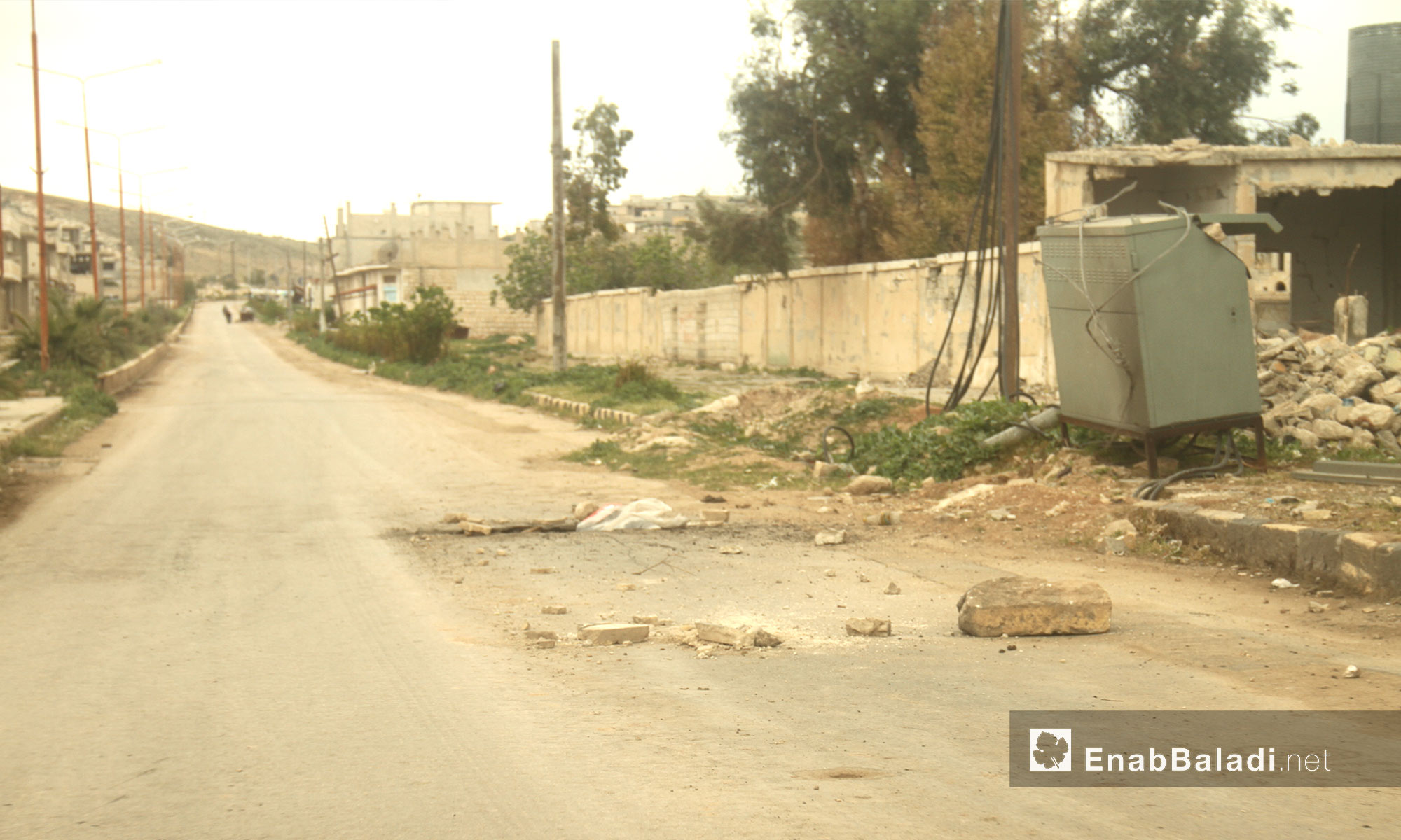 موقع سقوط الصواريخ المحملة بالغازات السامة في خان شيخون بإدلب - 14 نيسان 2017 (عنب بلدي)