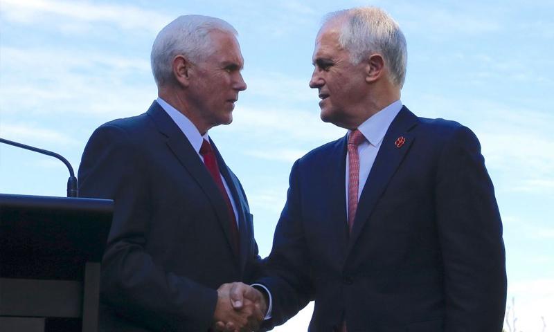 مؤتمر صحفي لرئيس الوزراء الاسترالي مالكولم ترنبول ونائب الرئيس الأمريكي مايك بنس - السبت 22 نيسان - (وكالات)