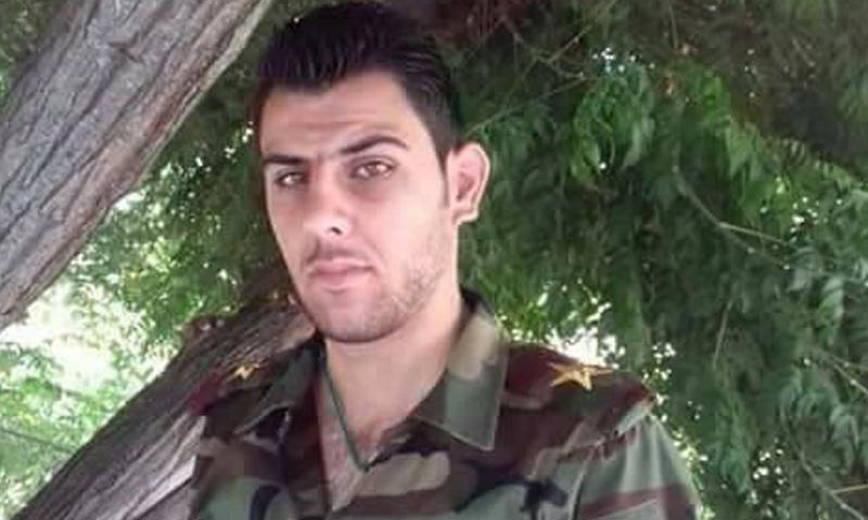 الملازم أول عيسى محمد علي من محافظة طرطوس قتل في الضربة الأمريكية على مطار الشعيرات- الجمعة 7 نيسان (فيس بوك)