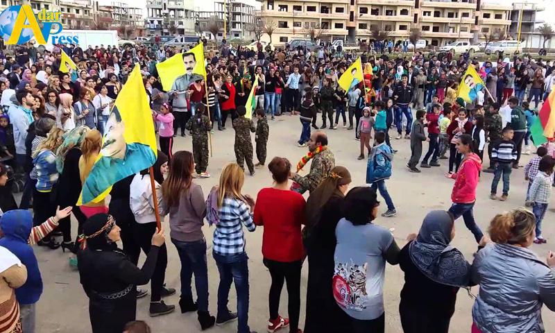 """أنصار حزب """"الاتحاد الديمقراطي"""" الكردي يحتفلون بإعلان """"الفيدرالية"""" شمال شرق سوريا- آذار 2016 (يوتيوب)"""