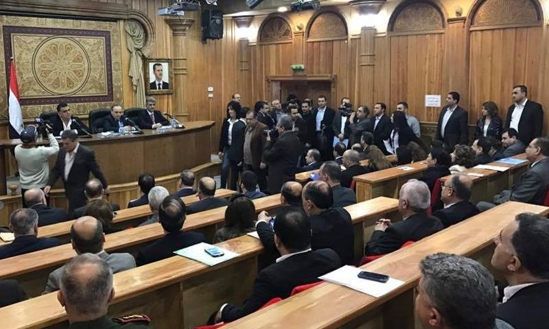 من لقاء عماد خميس بفعاليات محاظفة طرطوس (دمشق الآن)