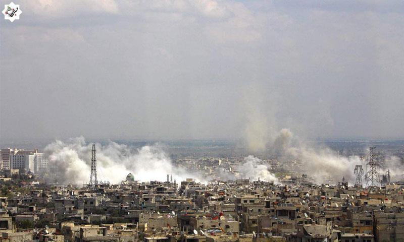 قوات الأسد تستهدف منطقة القابون وبساتين برزة بصواريخ أرض- أرض- السبت 1 نيسان (المكتب الإعلامي في برزة)