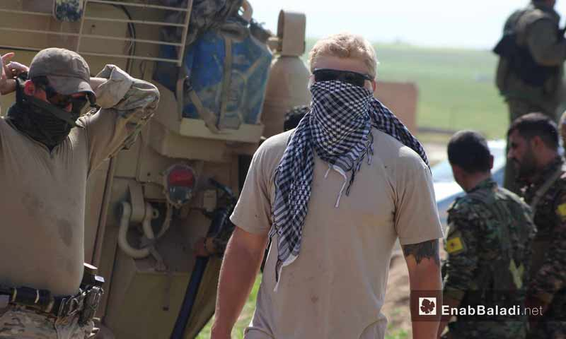 جندي أمريكي في قرية الغنامة بمدينة الدرباسية على الحدود السورية التركية - 1 أيار 2017 - (عنب بلدي)