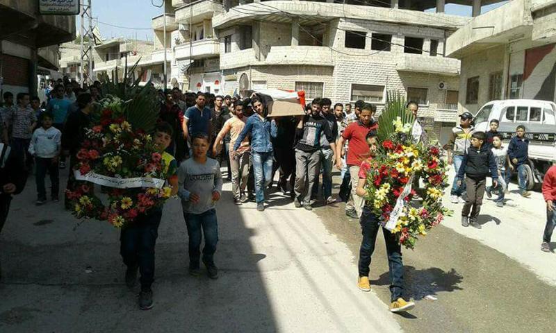 تشييع قتيل لقوات الأسد في بلدة دير قانون في وادي بردى- الثلاثاء 2 أيار (فيس بوك)