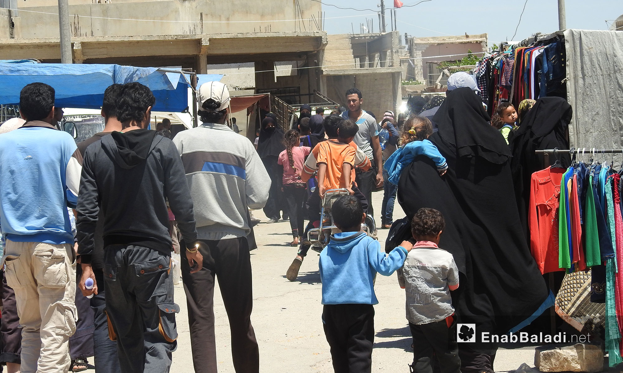 حركة أسواق بلدة دابق شمال حلب استعدادًا لاستقبال عيد الفطر - 13 حزيران 2017 (عنب بلدي)