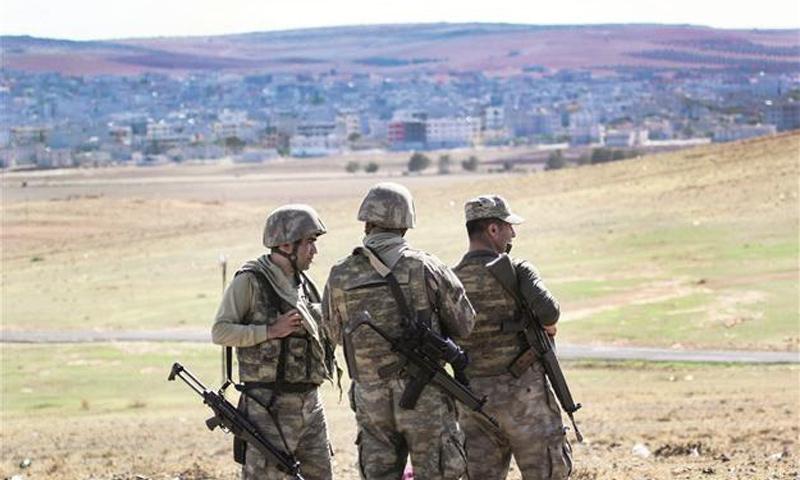 عناصر من الجندرمة التركية على الحدود التركية السورية - (انترنت)