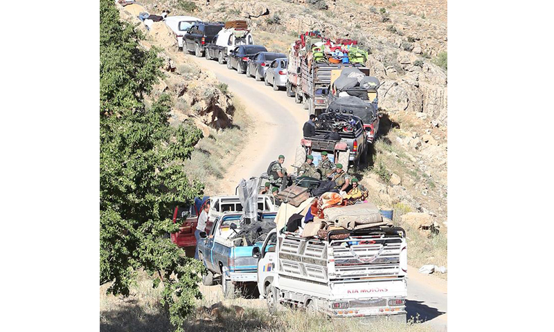 لاجئون سوريون عادوا إلى ديارهم في القلمون الغربي- السبت 10 حزيران (الجيش اللبناني)