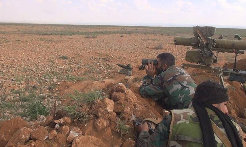 عناصر من قوات الأسد في منطقة البادية السورية - (انترنت)