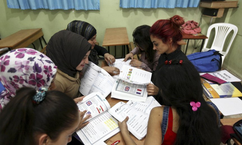 طلبة سوريون في إيطاليا - (ANSA)