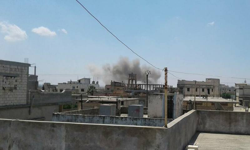 تعبيرية: آآثار القصف على مدينة كفرلاها في الحولة بحمص - 19 حزيران 2017 (فيس بوك)