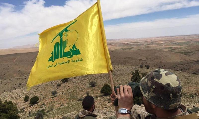 مقاتل من حزب الله اللبناني في محيط جرود عرسال - (انترنت)