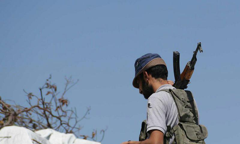 مقاتل من حركة أحرار الشام الإسلامية في ريف اللاذقية - (أحرار الشام)