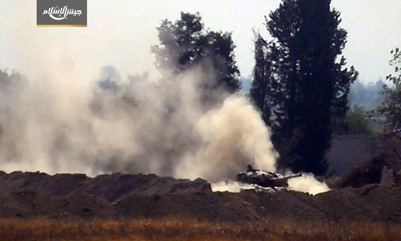 دبابة لقوات الأسد أعطبها جيش الإسلام في معارك حوش الضواهرة - (جيش الإسلام)