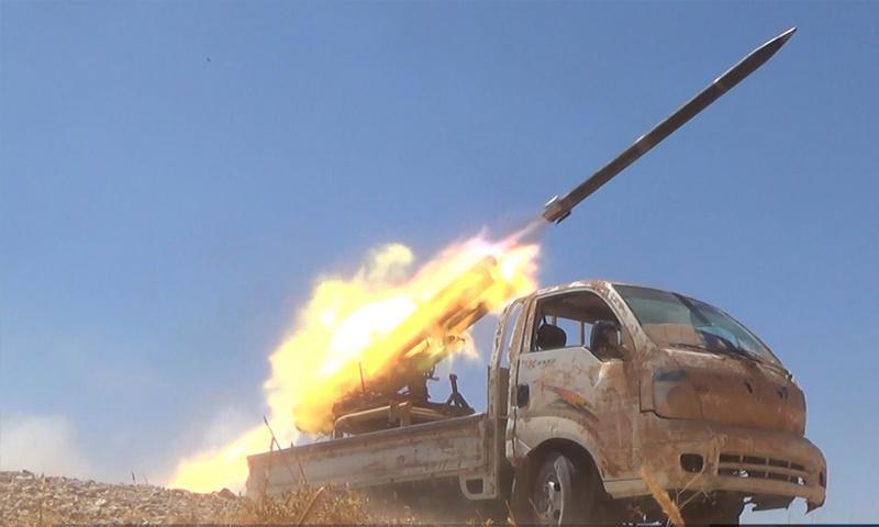 سيارة أتبعت بقاذف صواريخ لتنظيم الدولة الإسلامية في ريف حماة الشرقي - 15 تموز 2017 - (أعماق)