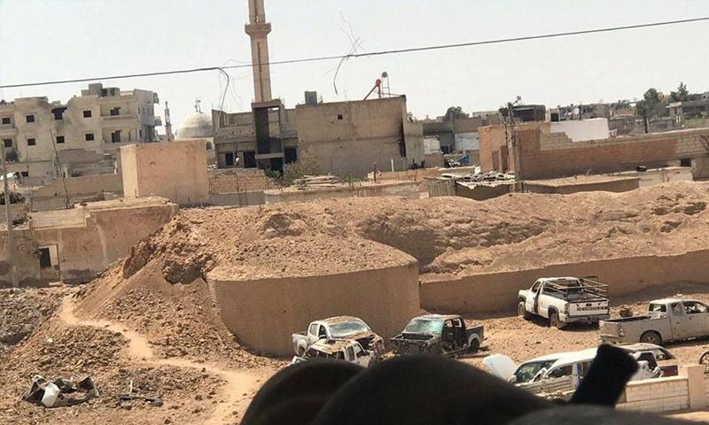 الدمار الذي طال سور مدينة الرقة الأثري إثر استهدافه من قبل التحالف الدولي - (الرقة تذبح بصمت)