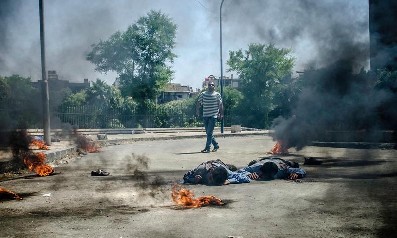 """مشهد من فيلم """"على سطح دمشق"""" - (انترنت)"""