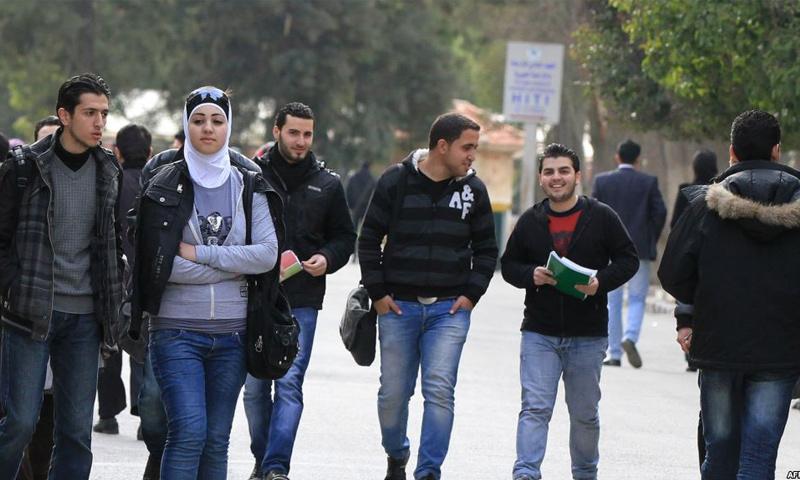 تعبيرية: طلاب من جامعة دمشق (فيس بوك)
