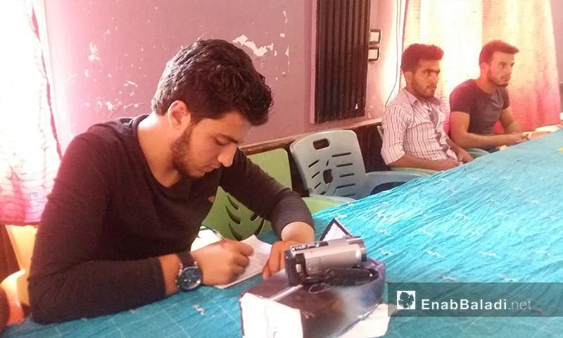 من الدورة التدريبيبة التي نظمها المركز الصحفي السوري في ريف حماة - حزيران 2017 (عنب بلدي)