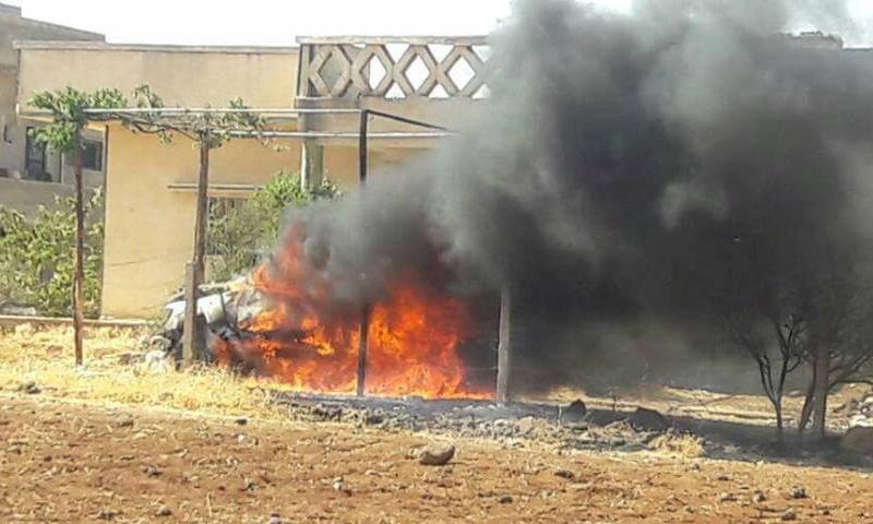"""من تفجير سيارة القيادي في """"الجيش الحر"""" ضرار البشير في كفرشمس بدرعا - 5 تموز 2017 (تويتر)"""