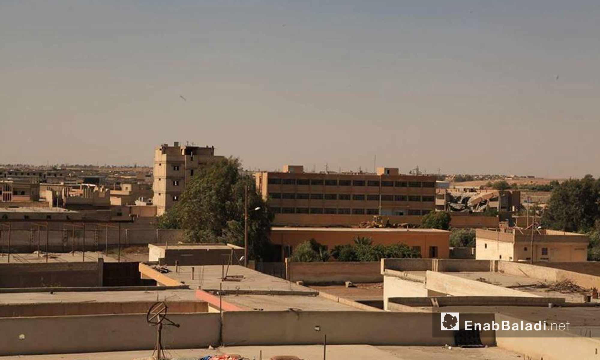 بديل حي الصناعة في مدينة الرقة بعد سيطرة قوات سوريا الديموقراطية عليه - 28 تموز 2017 - (عنب بلدي)