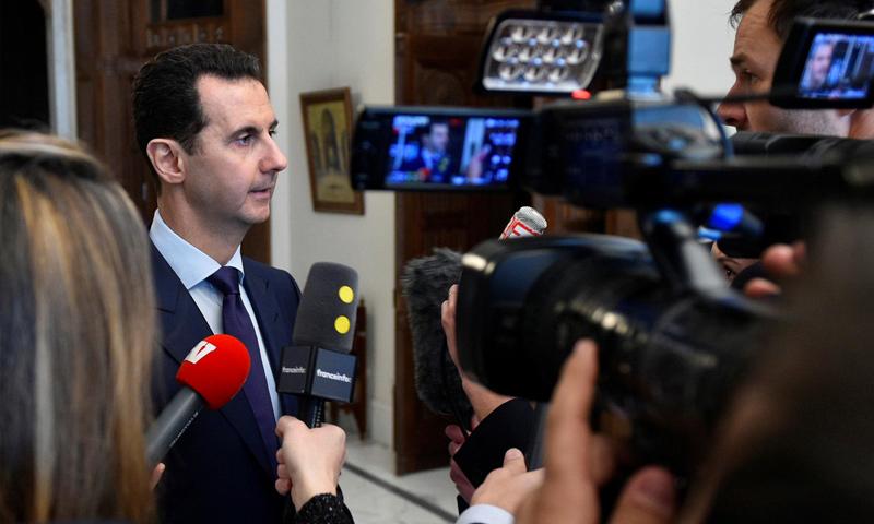 رئيس النظام السوري، بشار الأسد، في مؤتمر صحفي - 9 كانون الثاني 2017 (رويترز)