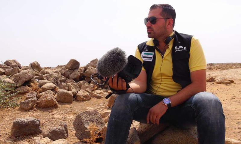الإعلامي أسامة الزعبي في درعا - 2017 (تويتر)