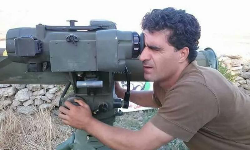 """المقاتل باسم الحمود رامي """"تاو"""" مع """"جيش إدلب الحر"""" (تويتر)"""