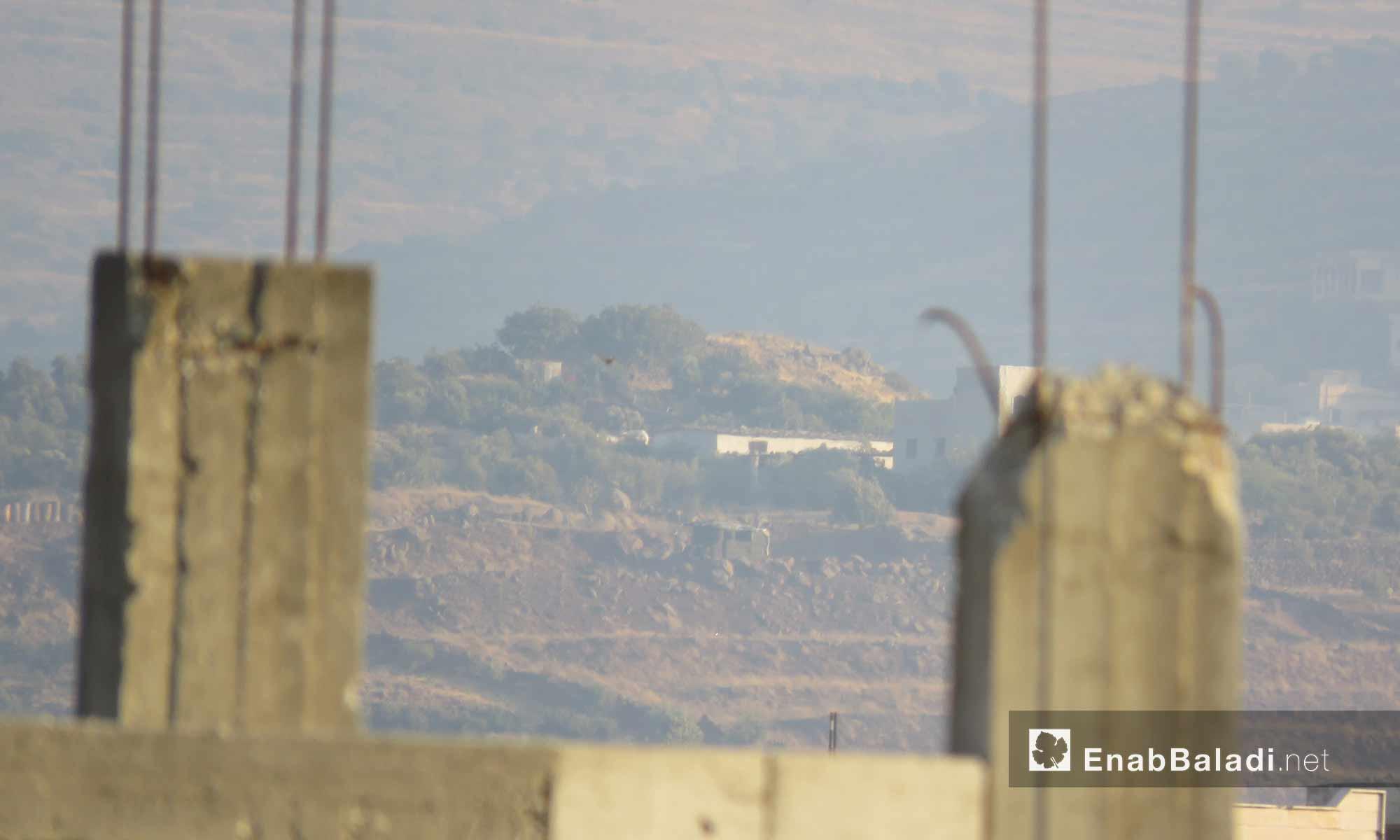 تحصينات قوات النظام عند حاجزي القبو ومؤسسة المياه على أطراف الحولة بريف حمص - 16 آب 2017 (عنب بلدي)