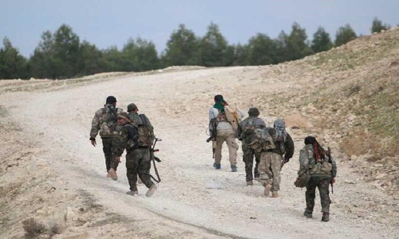 عناصر من سرايا أهل الشام في جرود عرسال في القلمون الغربي - (انترنت)