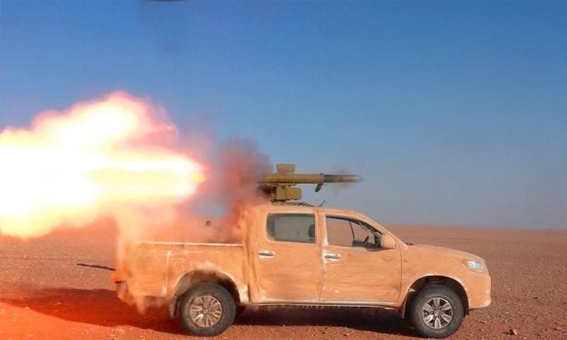 بيك آب مزود بصاروخ مضاد للدروع للمعارضة السورية على الجبهات العسكرية في البادية السورية - (أسود الشرقية)