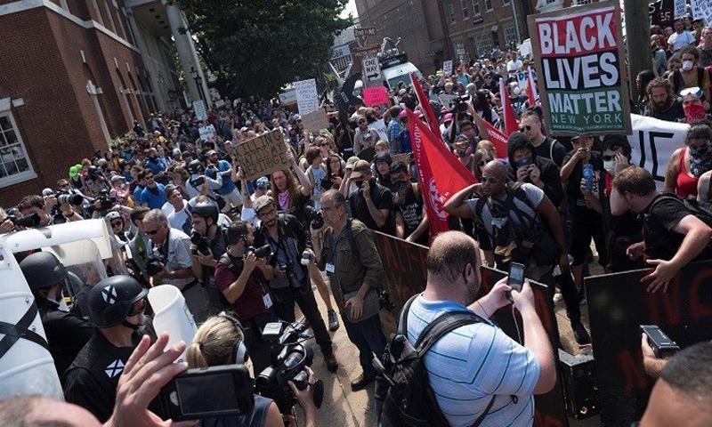 مظاهرات تشارلوتسفيل في ولاية فرجينيا - 12 آب 2017 (RT)