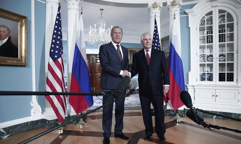 وزيرا الخارجية الأمريكي والروسي في العاصمة الفيلبينية مانيلا - 6 آب 2017 (وكالات)
