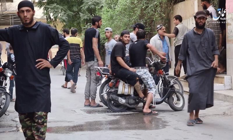 """مناطق سيطرة تنظيم """"ألدولة الإسلامية"""" جنوب دمشق - 1 آب 2017 (وكالة أعماق)"""