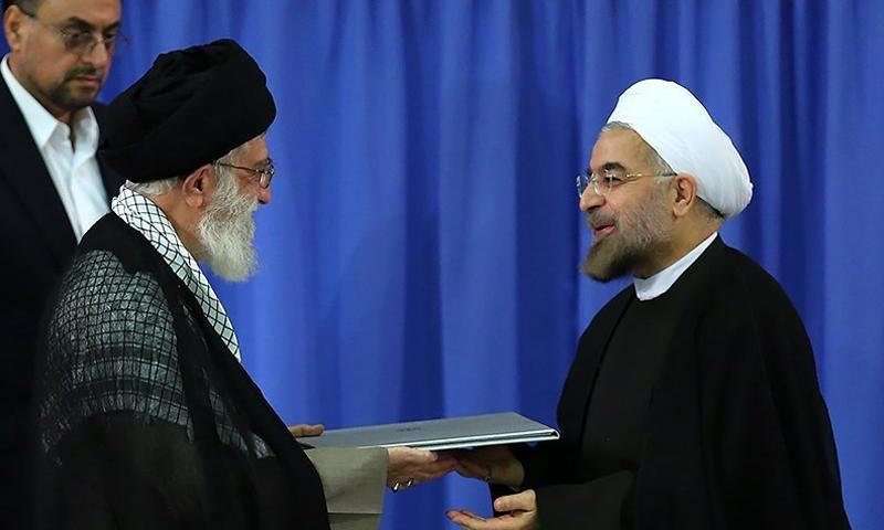 الرئيس الإيراني حسن روحاني يتسلم رسميًا سلطاته الرئاسية - 3 آب 2017 - (تسنيم)