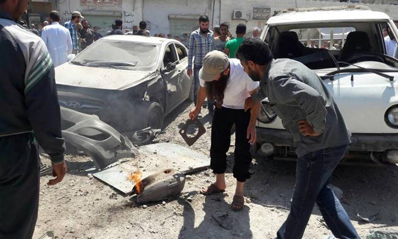 مكان تفجير الدراجة النارية في قلعة المضيق غرب حماة - 25 آب 2017 (فيس بوك)