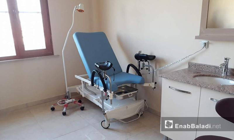 غرفة العيادة الداخلية في مركز دابق الطبي في رريف حلب الشمالي - 23 أيلول 2017 (عنب بلدي )