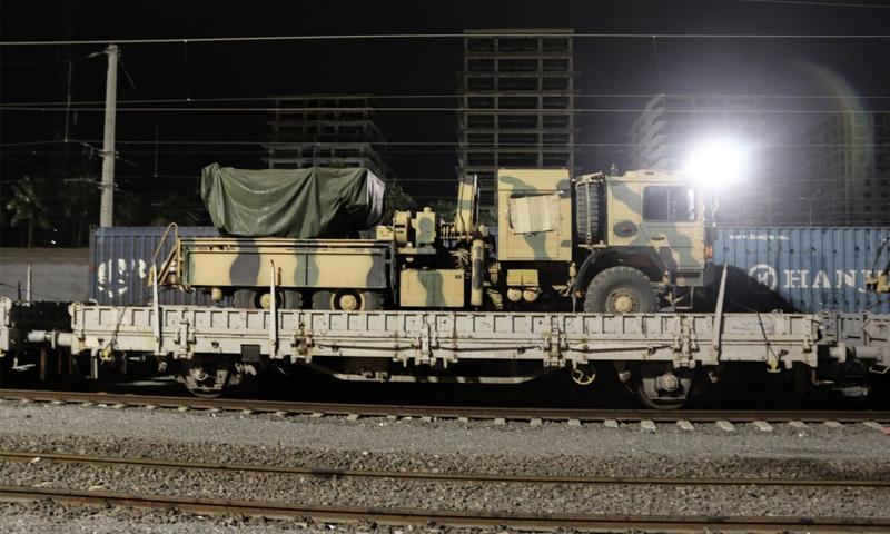 تعزيزات عسكرية تركية إلى الحدود السورية التركية - 19 أيلول (الأناضول)تعزيزات عسكرية تركية إلى الحدود السورية التركية - 19 أيلول (الأناضول)