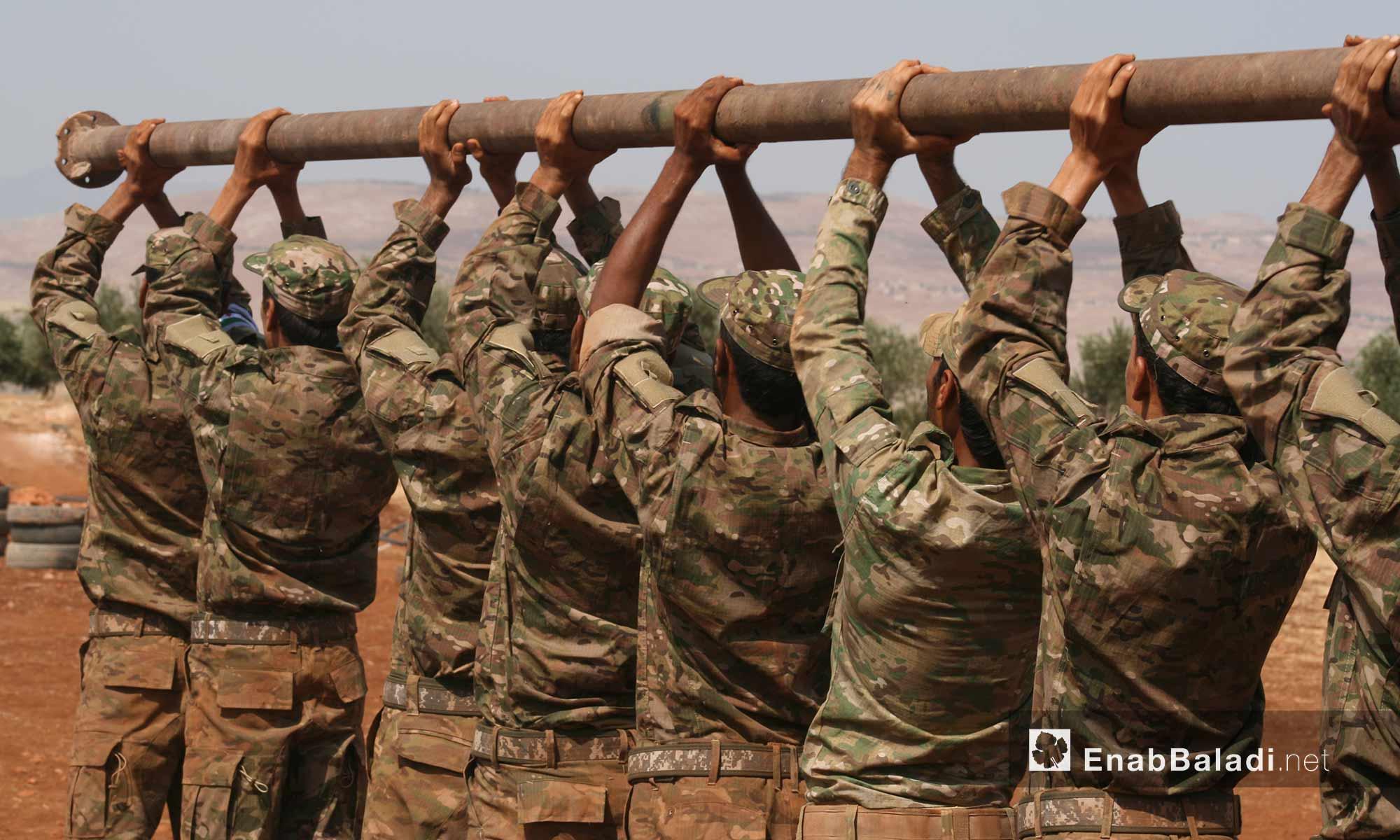 تخريج الدفعة الثانية من قوات المهام الخاصة التابعة لجيش النصر بريف حماة الشمالي - 17 أيلول 2017 (عنب بلدي)