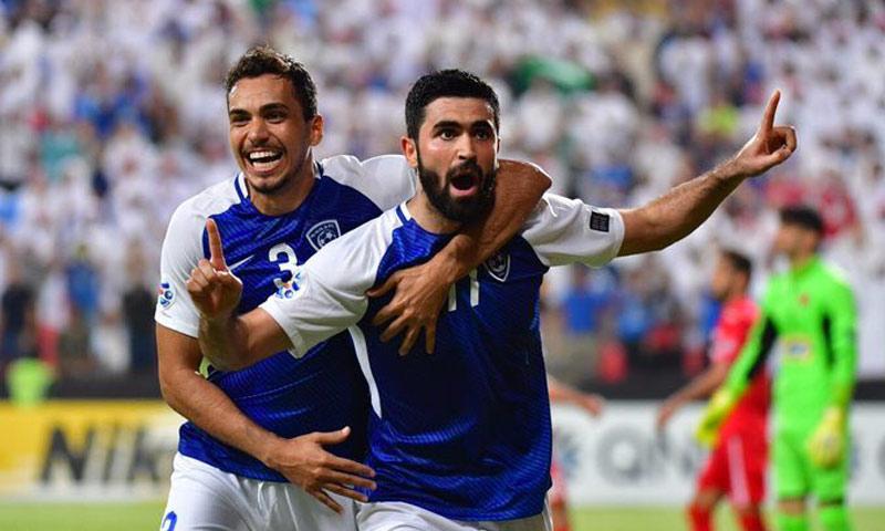 لاعب نادي الهلال السعودي النجم السوري عمر خريبين (تويتر)
