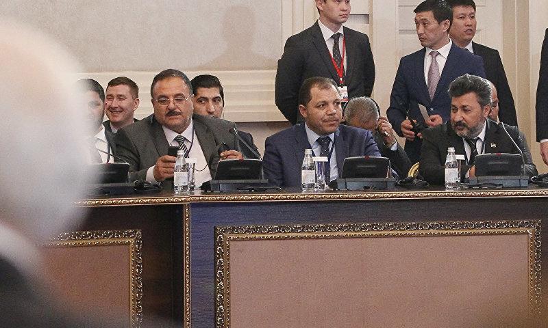 وفد المعارضة في محادثات أستانة - شباط 2017 (AFP)