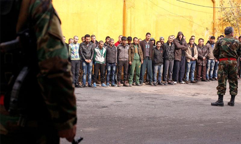 سحب عدد من شباب الأحياء الشرقية بحلب إلى الخدمة العسكرية (رويترز